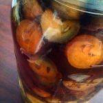 walnuts in wine