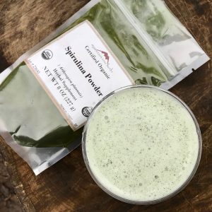 Big nutrition and great flavor abound in the affordable DIY super green shake blend!